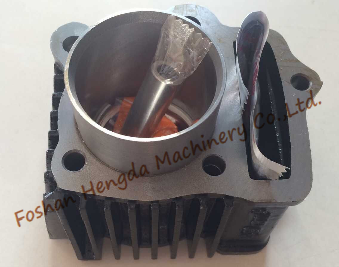 Made in China high quality motorcycle cylinder for JH70 C70