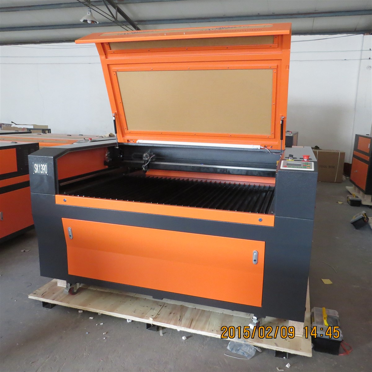 1390 metal non-metal laser cutting machine with CE and FDA