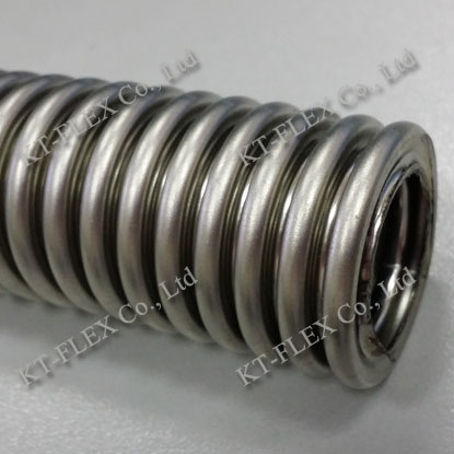 Heavy duty vacuum conduit
