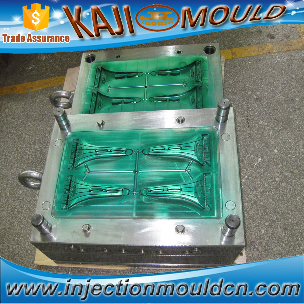Plastic peeler mould