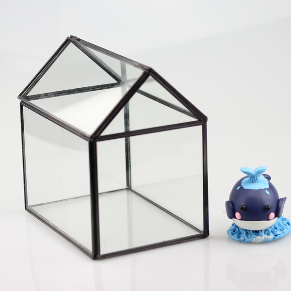 House Shaped Metal Frame Glass Terrarium Home Decoration Glass Vase