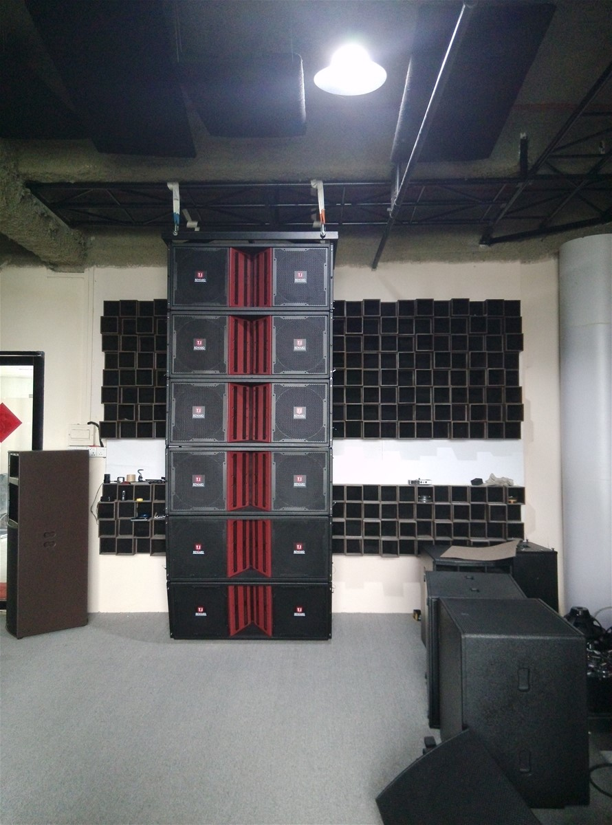 Line Array Speaker Large Mobile Sound Display