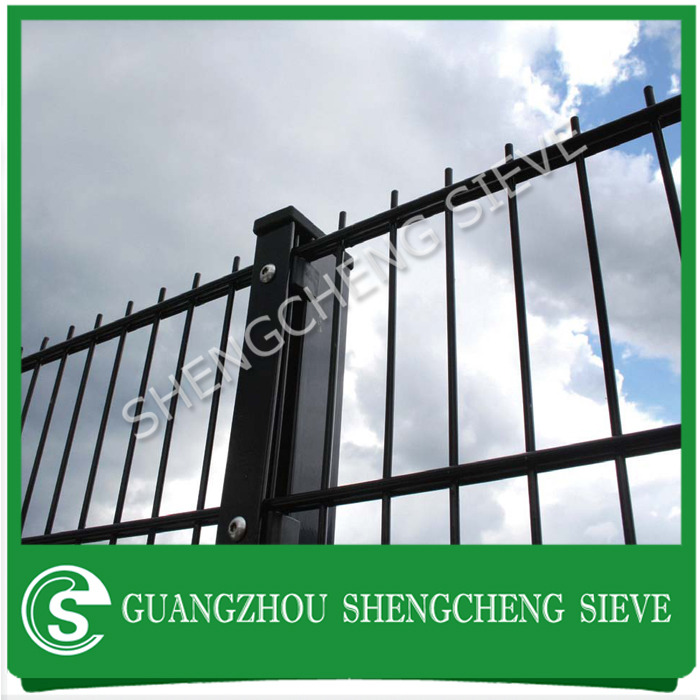 Black welded wire mesh sheet galvanized steel twin wire mesh fencing ...