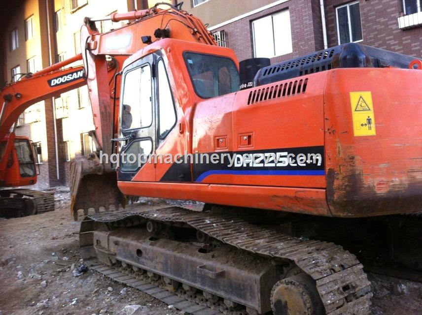 Used Doosan Excavator Second-Hand Digger DH225LC-7 from