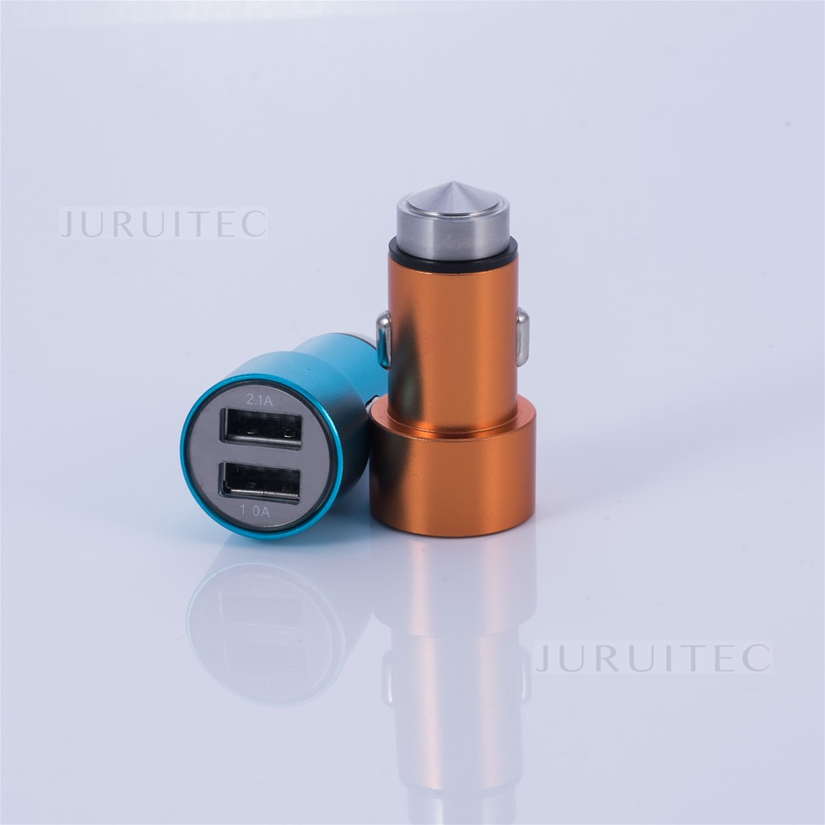 Emergency Hammer Bullet Shape DC5V 3.1A Max Universal USB Car Charger