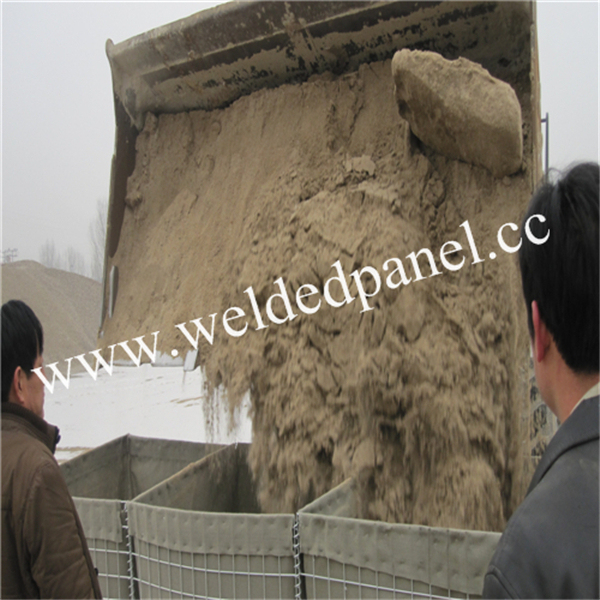 types of military barriers hesco Barrier