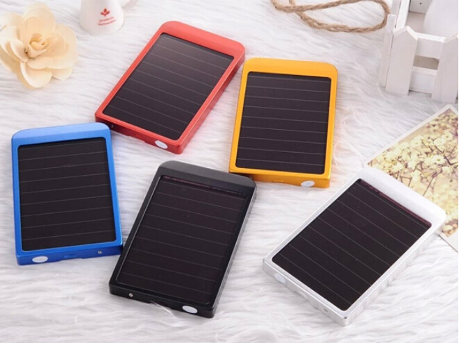 Hot Sales Rechargerable Dual USB 4000mah Solar Power Bank Portable