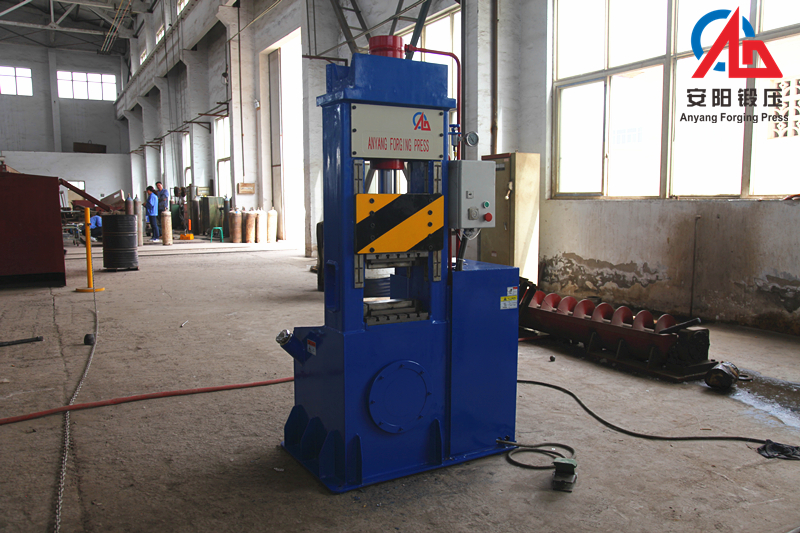 Hydraulic open die forging press machine