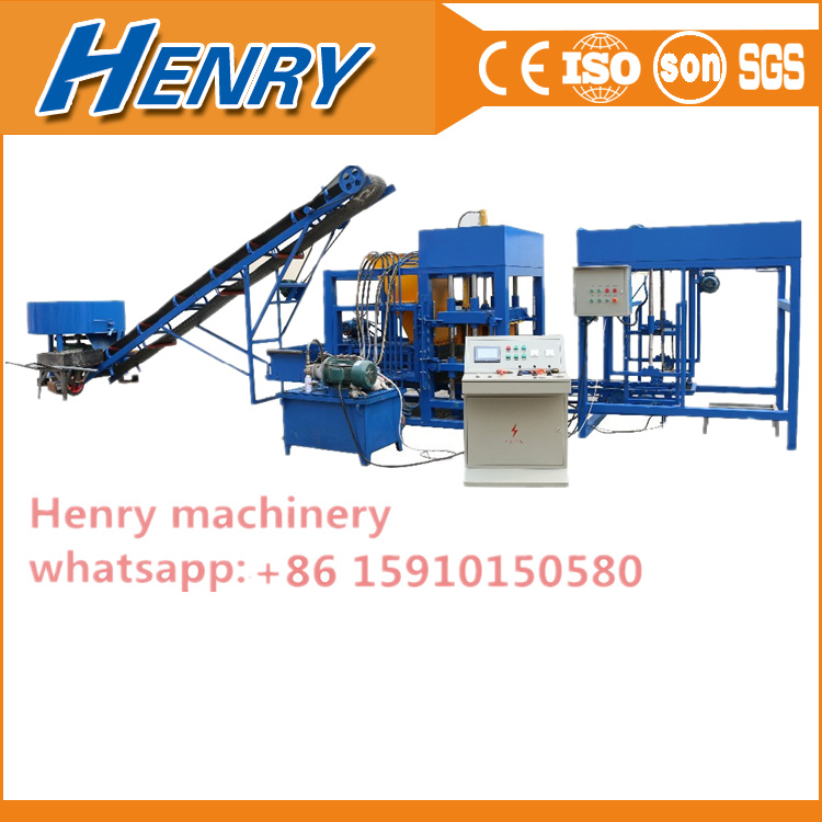 Qt420 Automatic Concrete Hollow Block Machine in Construction