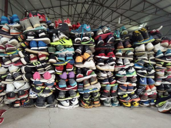 Used Shoes/ Secondhand Mixed Shoes from