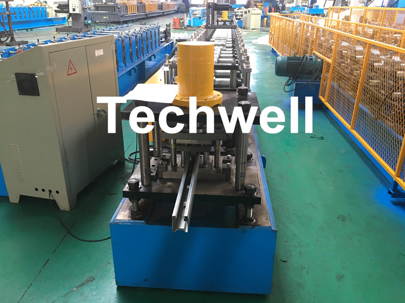 0-15m/Min Forming Speed, Chain Drive Transmission Guide Rail Roll Forming Machine with Hydraulic Punching Device