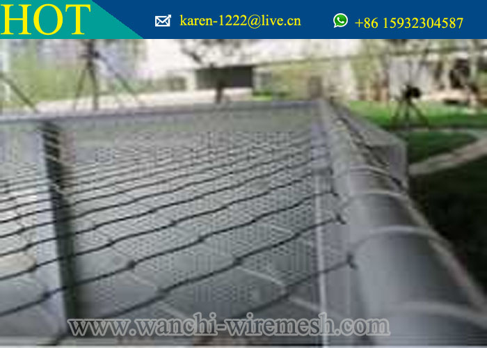 Durable XTend Mesh with Stainless Steel Wire Net