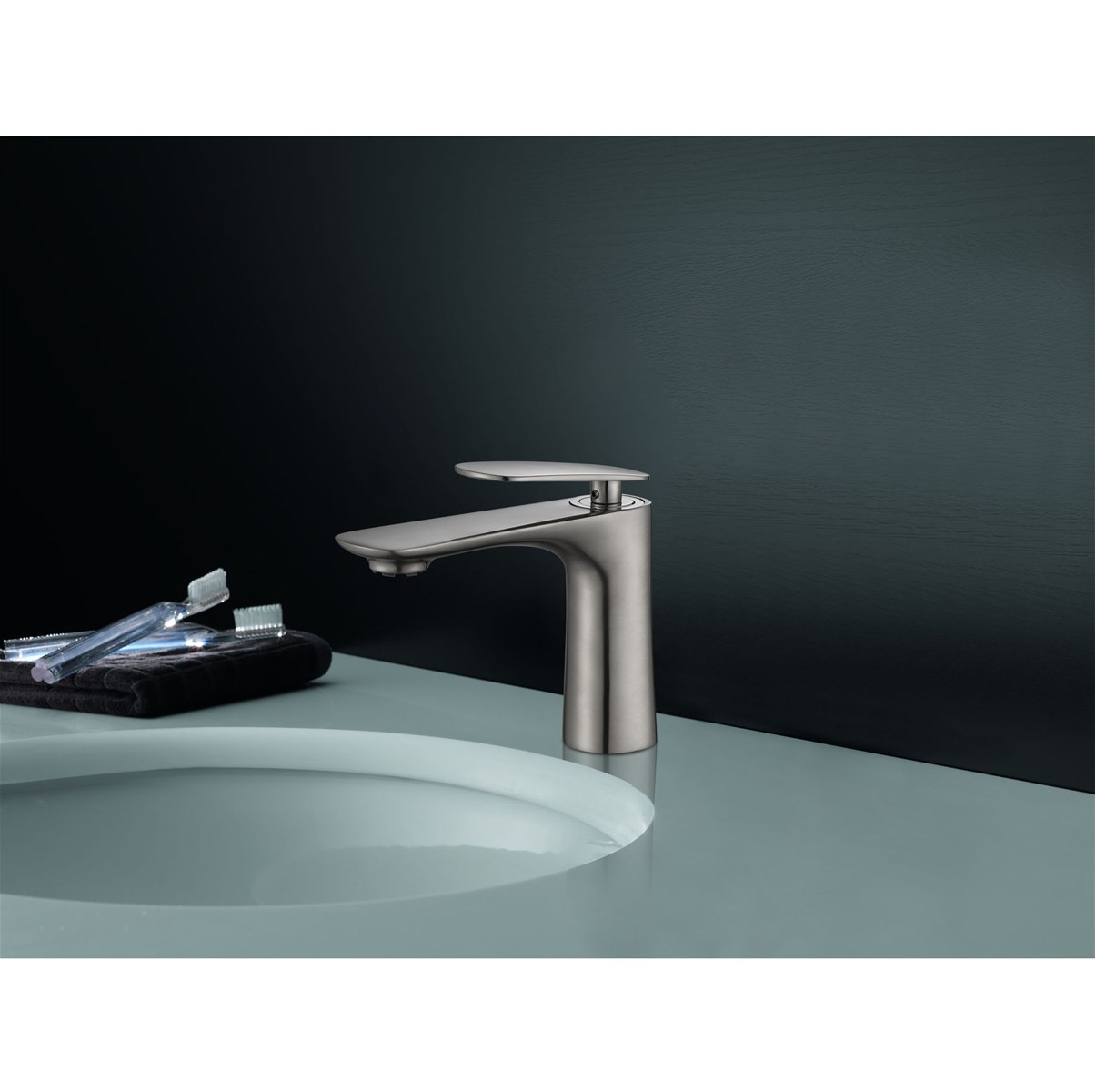 Single Handle Lavatory Faucet Bathroom Faucet purchasing, souring ...