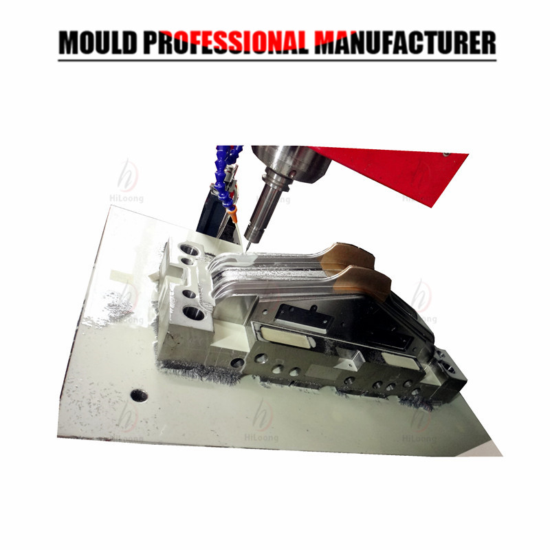 plastic household mould manufacturing hiloong coat hanger mould maker in china