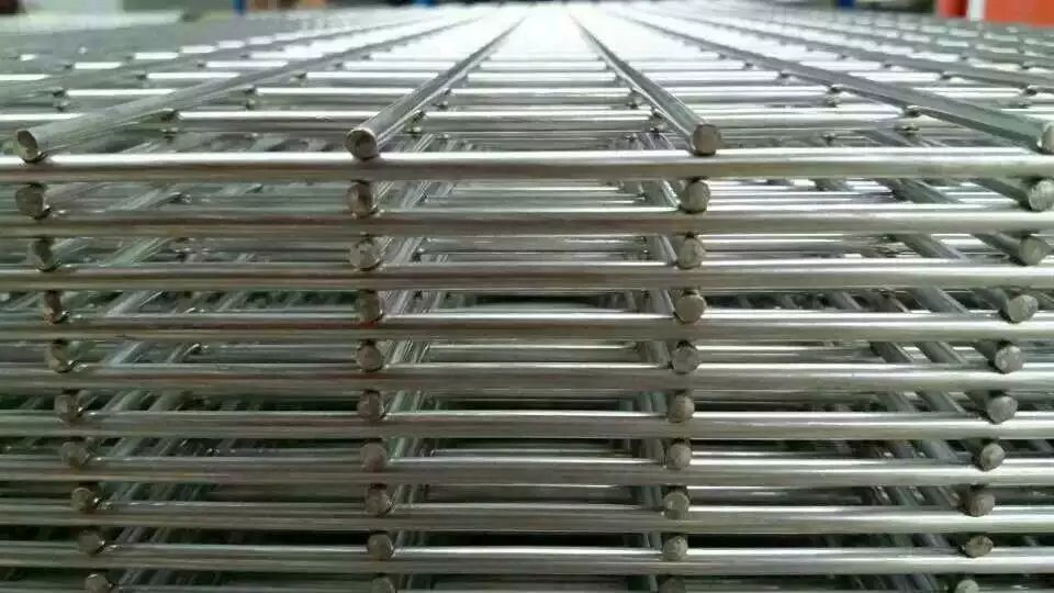 Security Fence PanelsHotDipped Galvanizing Security Barrier