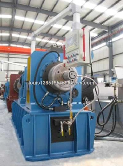 Continuous Extrusion Machine for the production of flat copper wire copper bars and other conductor products