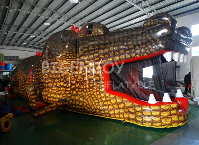 Commercial Giant Crocodile Inflatable Obstacle Course
