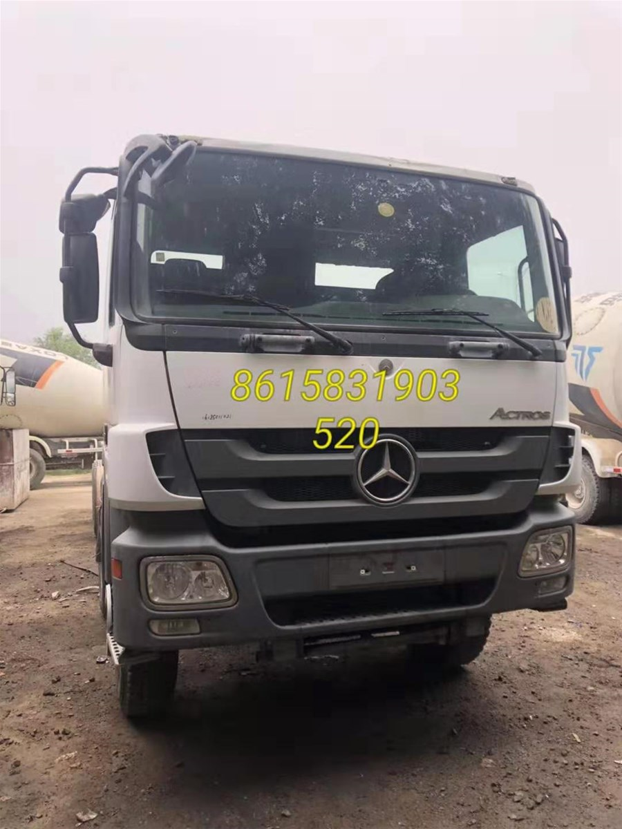 Mercedes Benz Truck Rear Axle Bogie Engine Spare Parts from