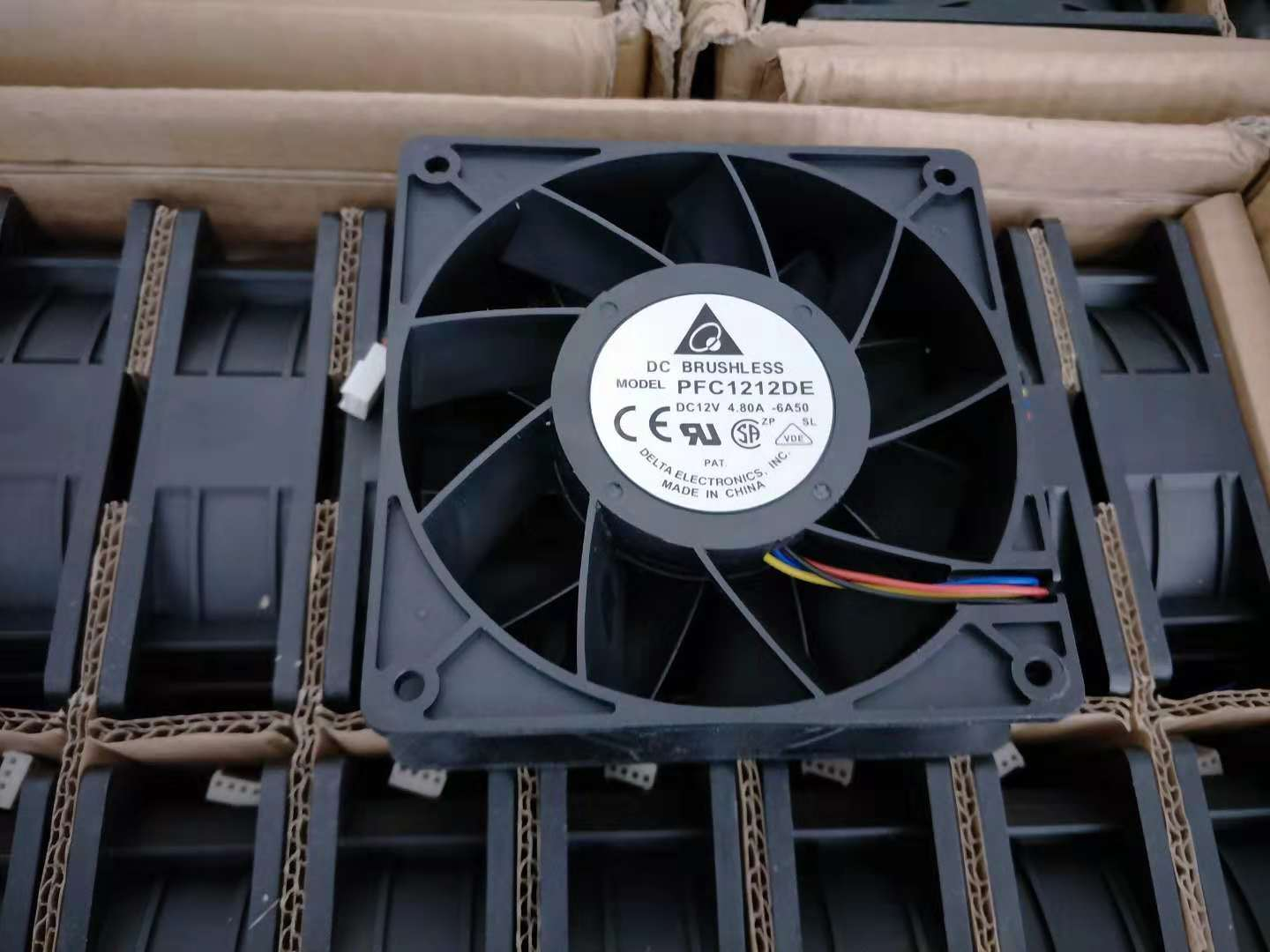 Stable Quality Fans for Antminer S9 L3+ T9 6000RPM