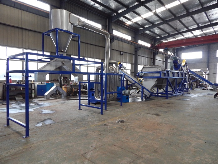 PE Film PET Bottles Waste Rigid Plastic Shredding Crushing Washing Drying Cleaning Recycling Granulating Machine