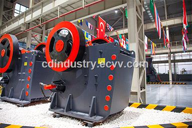 PEW Jaw Crusher Automatic Hydraulic Design Allows Easier Adjustments & Operations