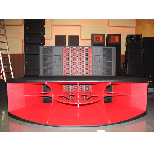 Wolf-210 High End Club & Bar Series. Bar, High Power with Bass & Horn for Full Professional Night Club