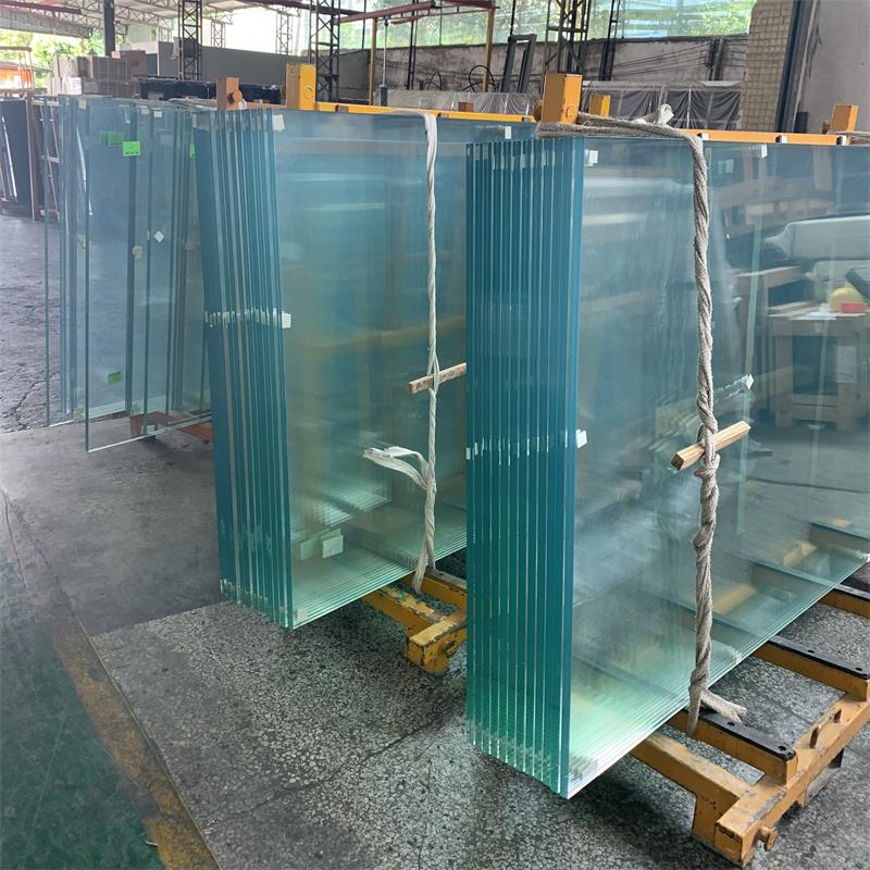 5mm+1.52PVB+5mm Super Clear Tempered Laminated Glass