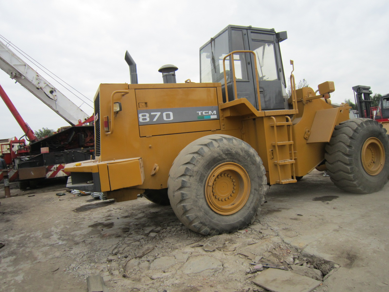 Used Wheel Loader Tcm 870 from Japan Good Condition Cheap Price in Shanghai for Sale