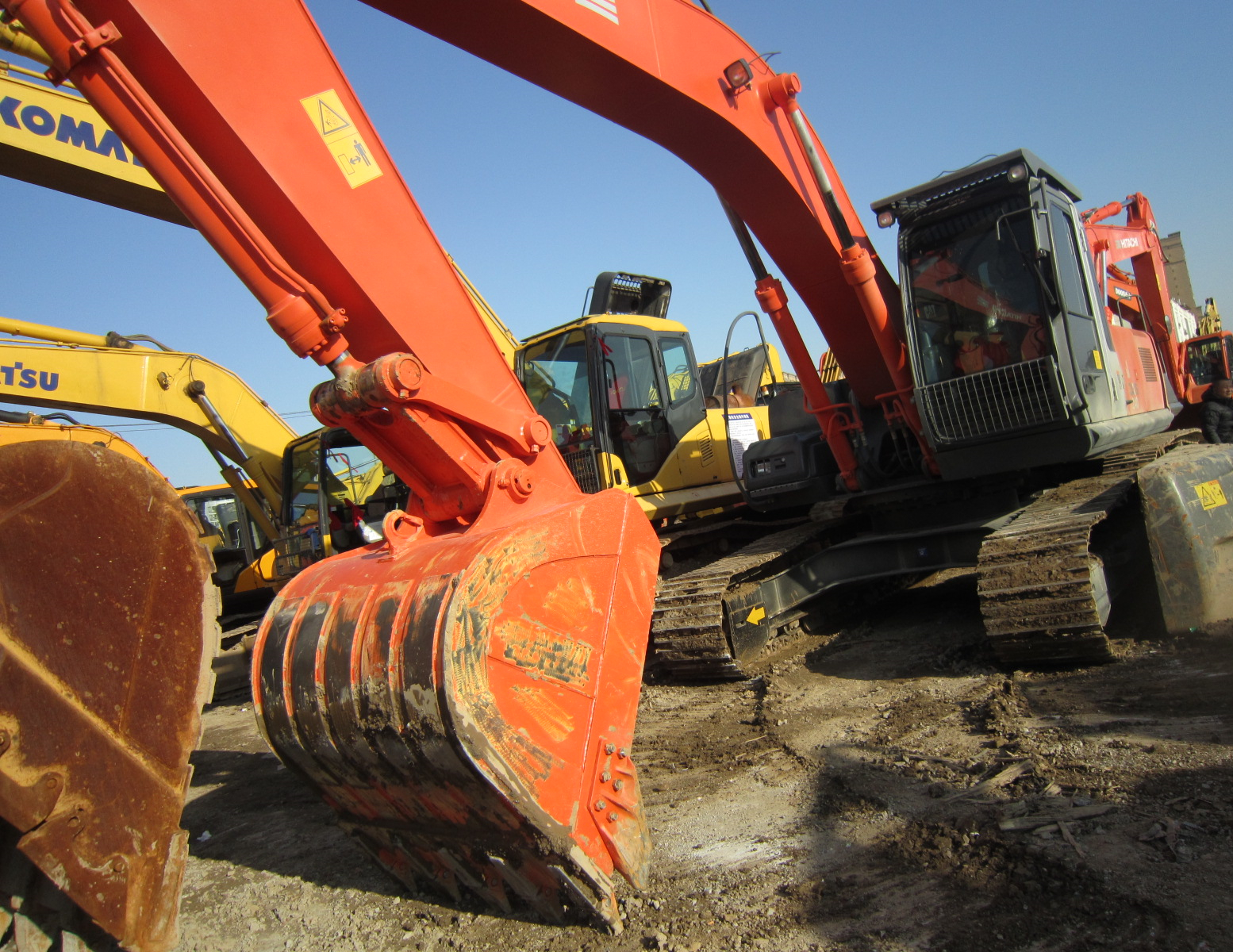 Used HITACHI ZX240 24ton Excavator On Sale
